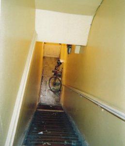 stairstostreet1floor